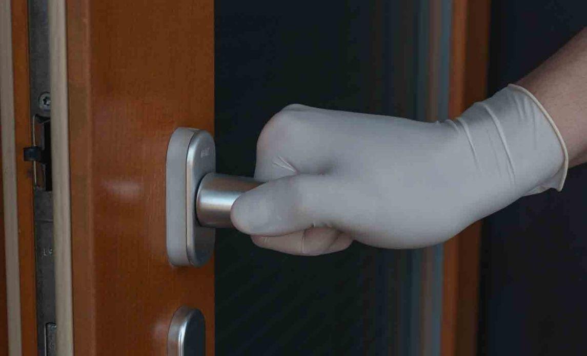 Safe and clean doorknob